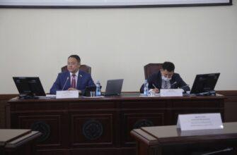Депутаты Якутской Гордумы поддержали решение о повышении зарплаты муниципальных служащих