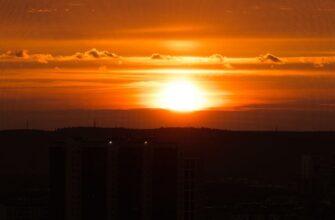 ФОТОФАКТ. Закат над Якутском после дождя
