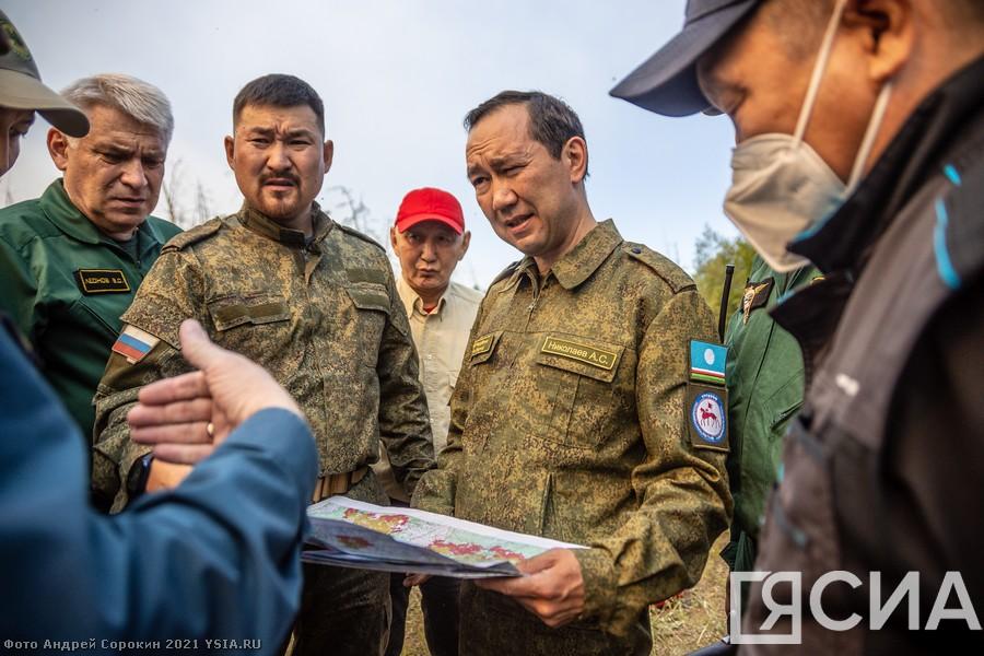 Глава Якутии поручил направить дополнительные силы на тушение лесных пожаров в село Ситтэ
