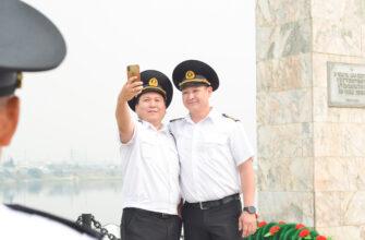 В Якутске празднуют День работников морского и речного флота