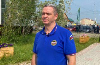 Замминистра ЧС России Илья Денисов рассказал об остановке с пожарами в Горном улусе