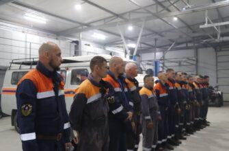 В Горный и Верхневилюйский районы отправились 25 пожарных и 15 спасателей МЧС Якутии