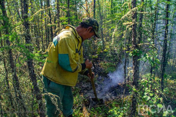 За сутки в Якутии ликвидировали 10 природных пожаров