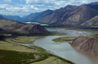 На участках реки Индигирка в Якутии дождевой паводок превысил неблагоприятные отметки