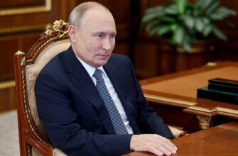 Путин направил в Якутию главу МЧС