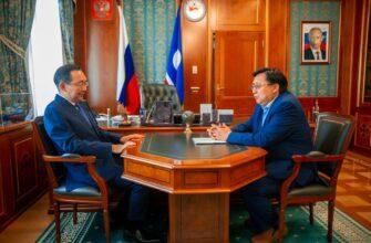 Глава Якутии провёл встречу с сенатором от республики Александром Акимовым