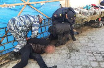 В Якутске полицейские задержали подозреваемого в разбойном нападении на продуктовый магазин