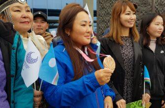 В Якутск прибыла бронзовый призер Паралимпийских игр в Токио Степанида Артахинова