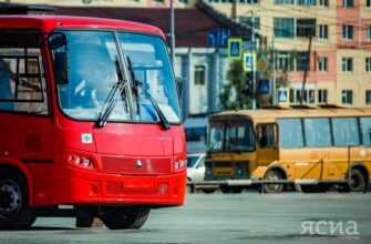 Власти Якутска к столетию ЯАССР обновят городской парк транспорта