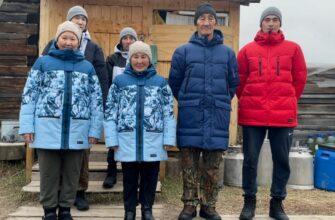 Жители села Бясь-Кюель получили комплекты верхней одежды и обуви