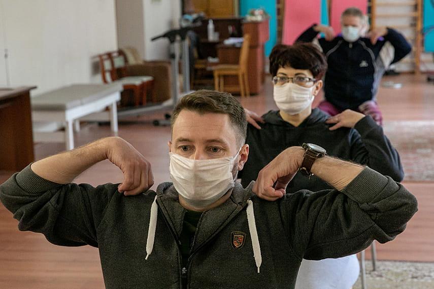 «Жизнь послеCOVID-19». Замминистра здравоохранения Якутии дал рекомендации по восстановлению после болезни