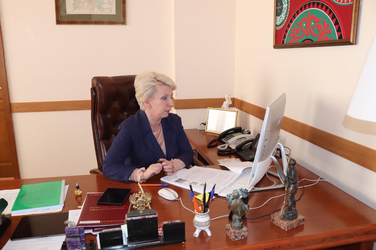 В Якутии готовят изменения в республиканские законы согласно поправкам в Конституцию РФ