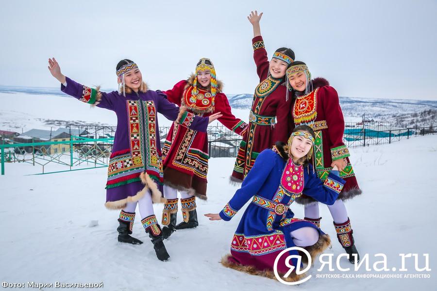 Как сохраняют языки Арктики? Помогут ли видеоуроки, мультфильмы и онлайн-разговорники