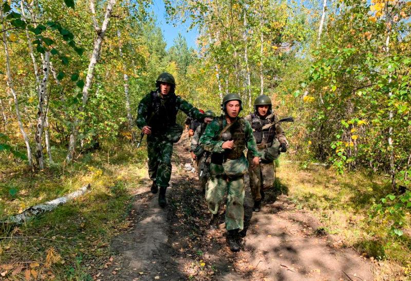 «Белый медведь». Бойцы спецназа УФСИН Якутии получили право на оливковый берет