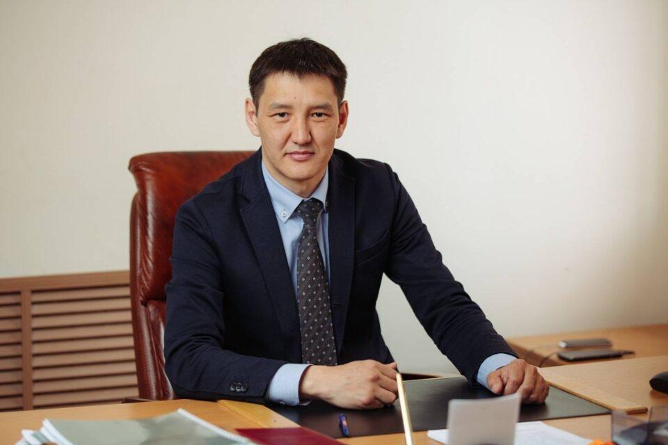 Михаил Сивцев: Мы поддерживаем инициативную молодежь Якутии