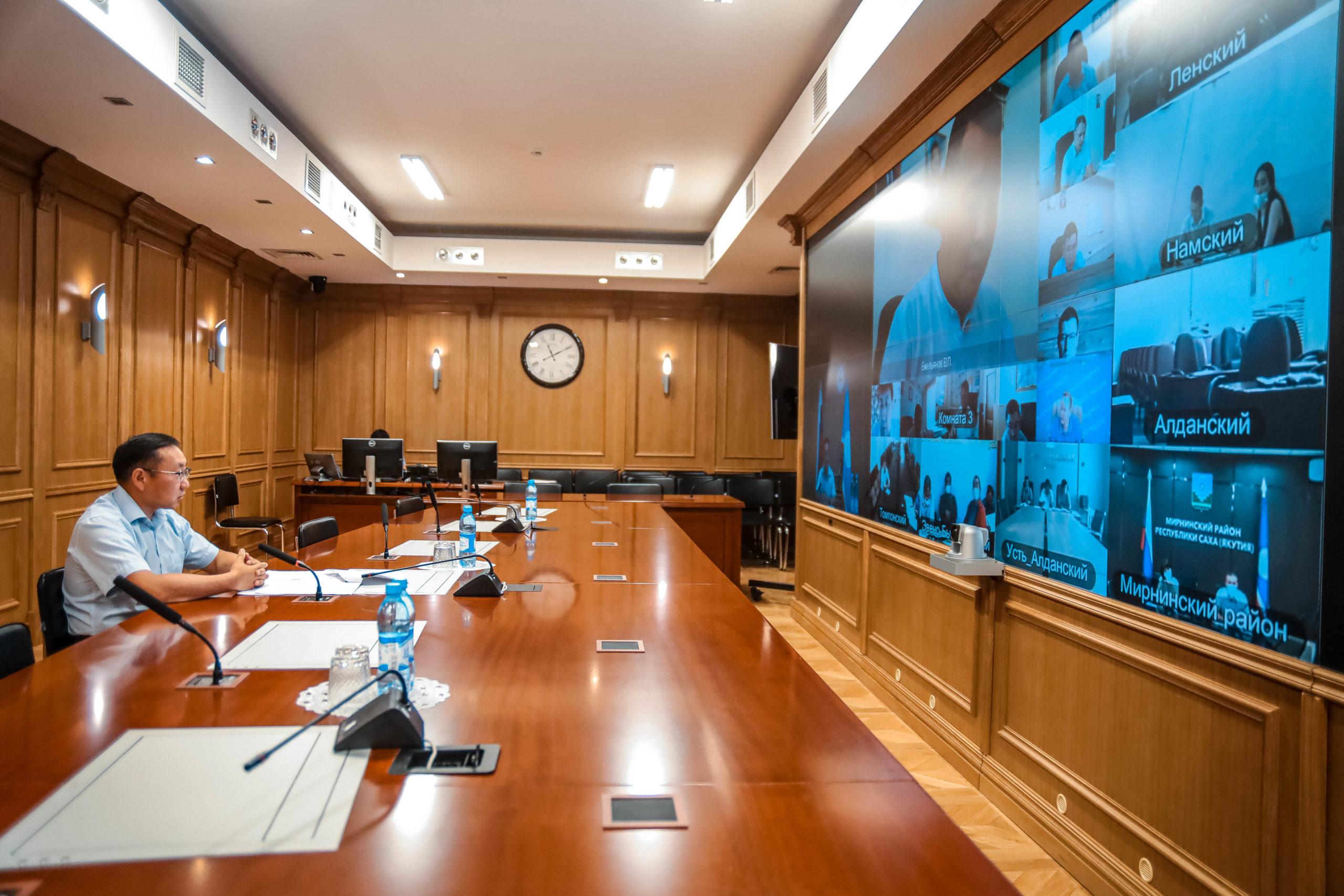 Готовность к отопительному сезону объектов ЖКХ Якутии составила 50%
