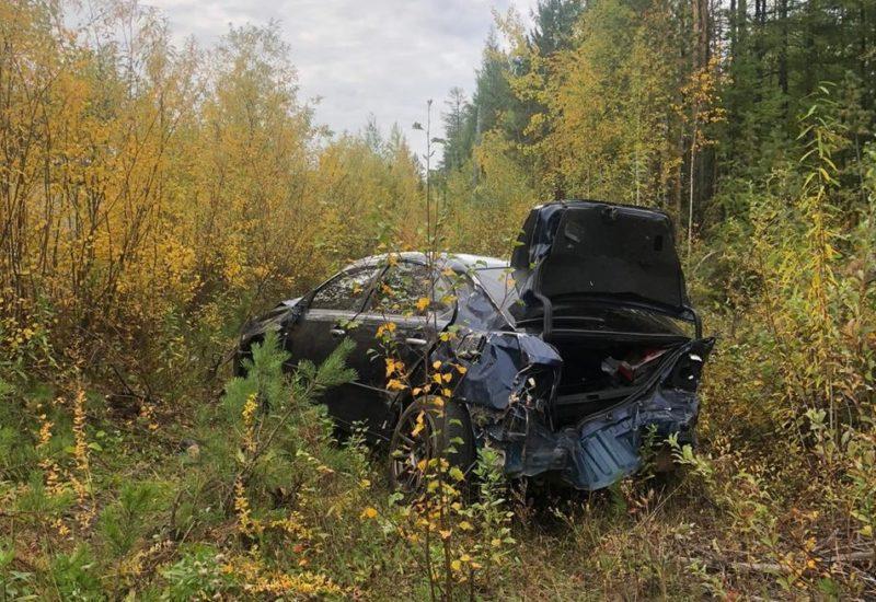 В Якутии водитель уснул за рулем и перевернулся